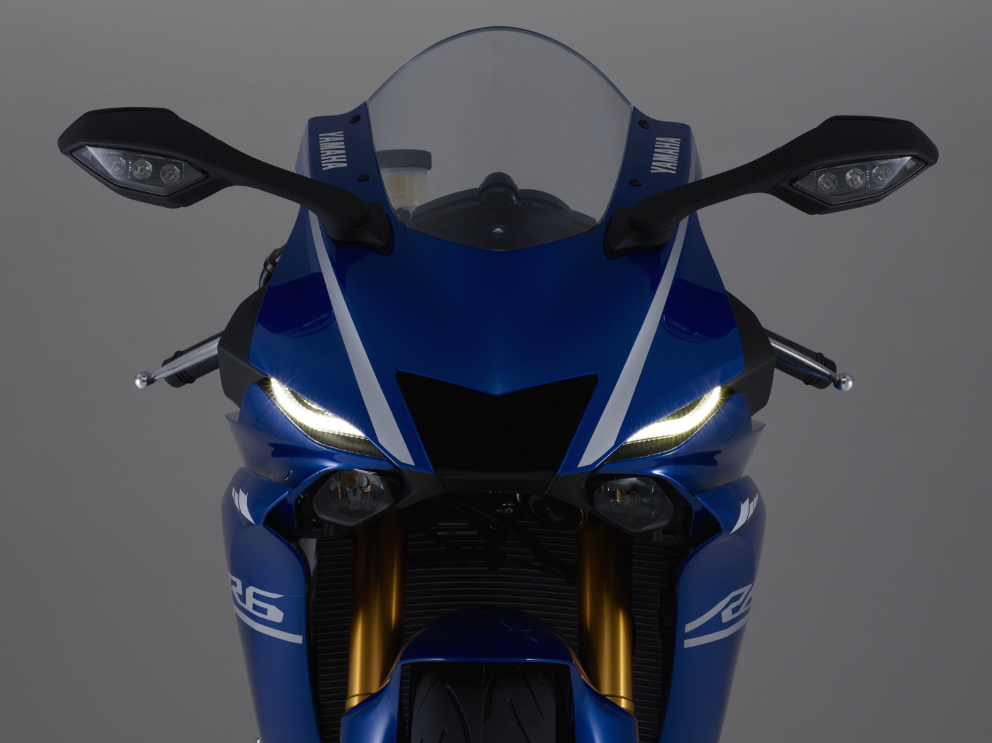 r6-front